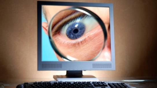 Surveillance numérique au travail : gare aux abus